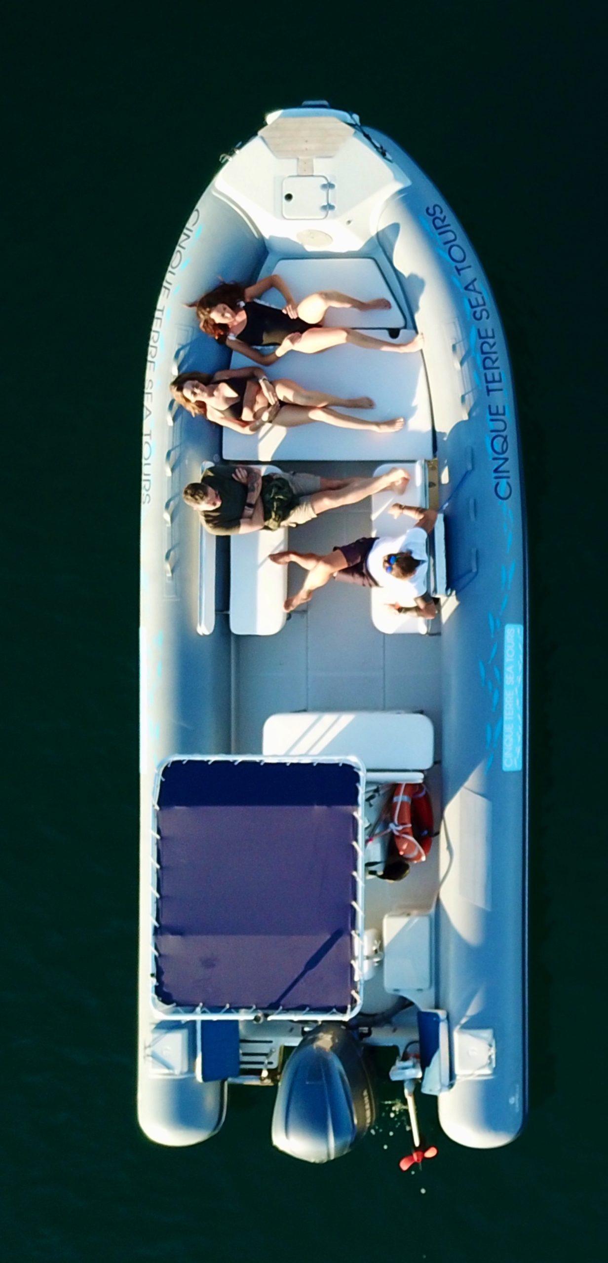 Grey boat cinqueterre
