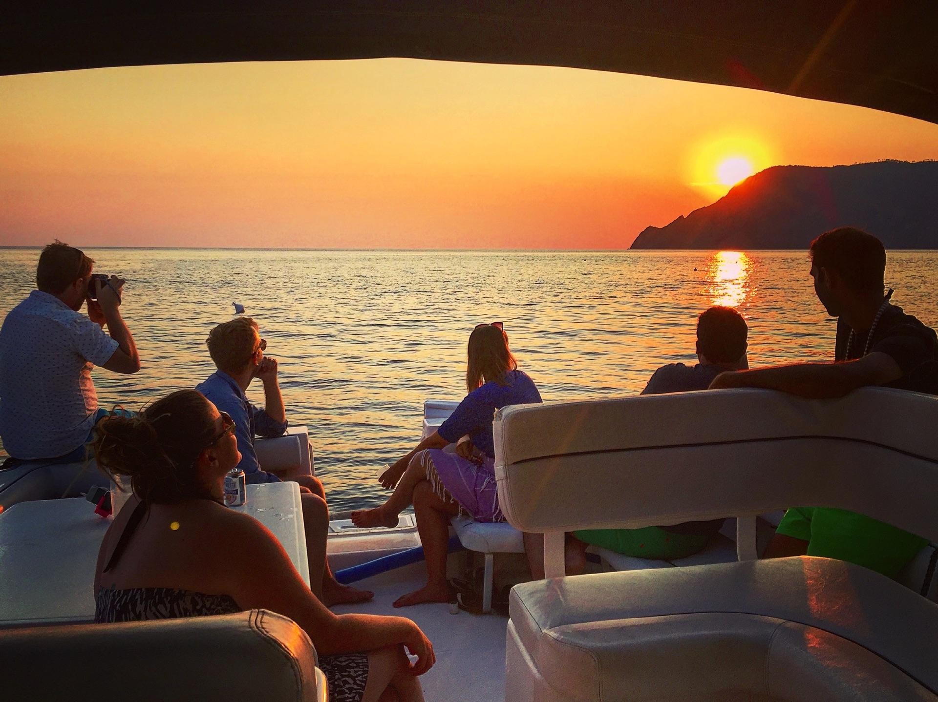 Sunset tour cinque terre